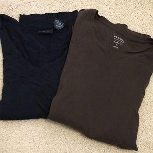 Tops - Set of 2 layering tees. XL